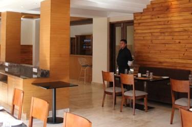 gakyil-restaurant
